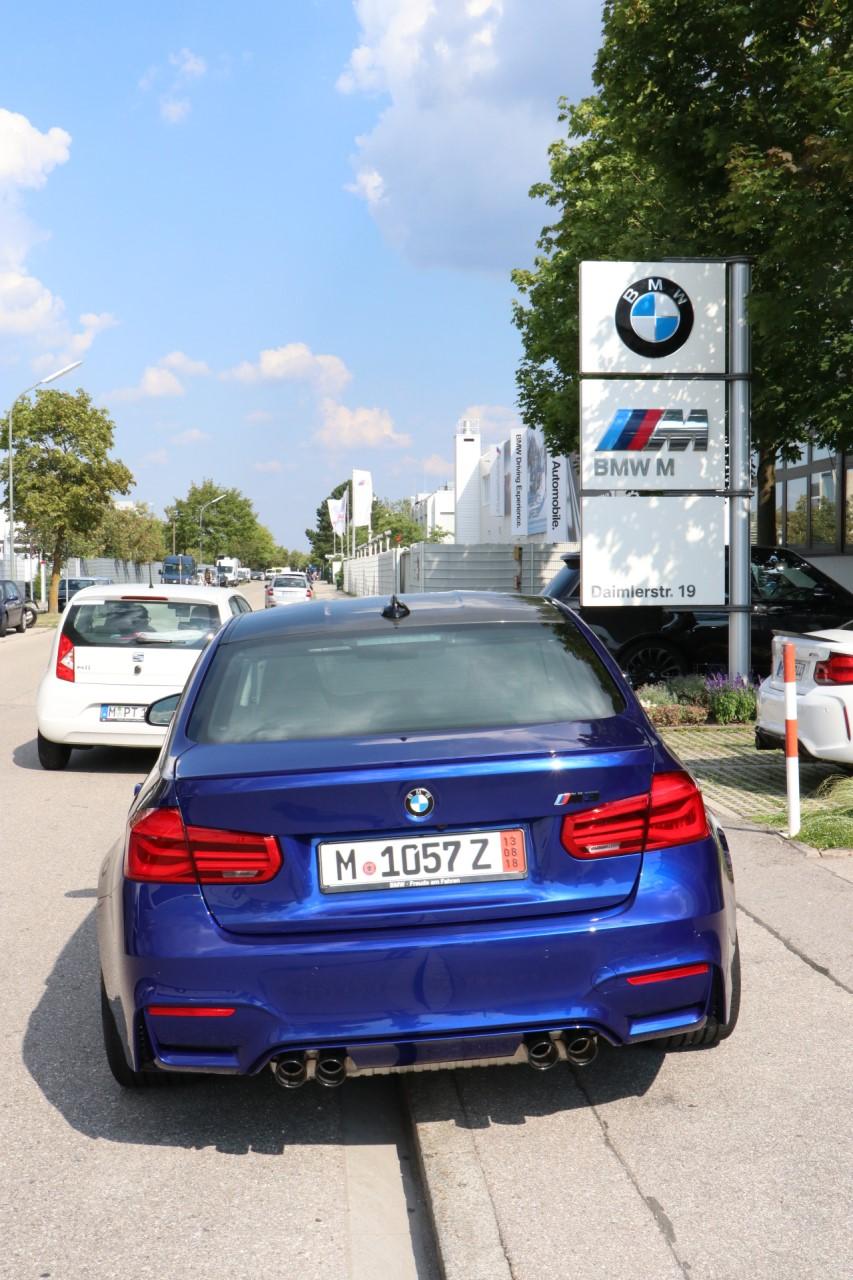 Name:  BMW_M1.jpg Views: 286 Size:  267.8 KB