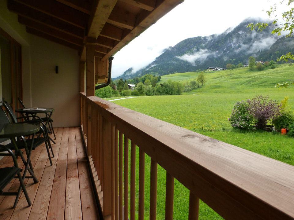 Name:  SchlossBlick Hotel near Kufstein, Austria599462_10151643354386171_1357125858_n.jpg Views: 3276 Size:  101.0 KB