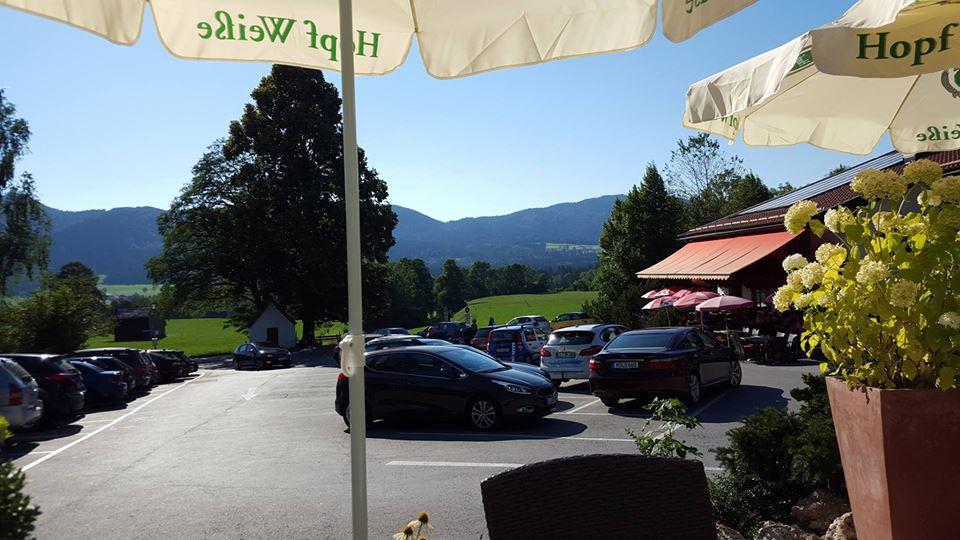 Name:  Winklstüberl Cafe   49923567_7779720959410775377_n.jpg Views: 3416 Size:  94.0 KB