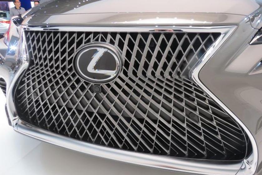 Name:  Lexus.jpg Views: 332 Size:  85.6 KB