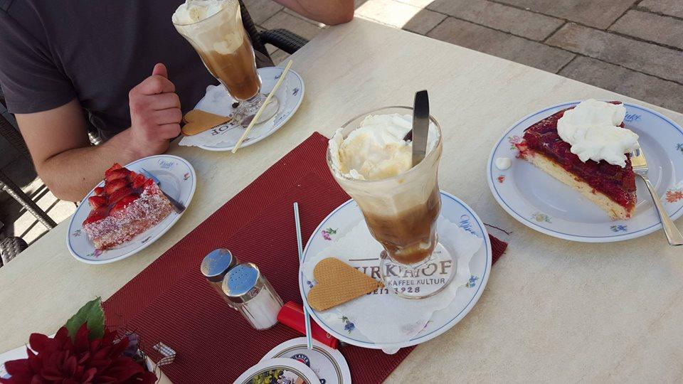 Name:  Winklstüberl Cafe   11220081_10153484950263567_1219844606769862688_n.jpg Views: 5646 Size:  98.5 KB