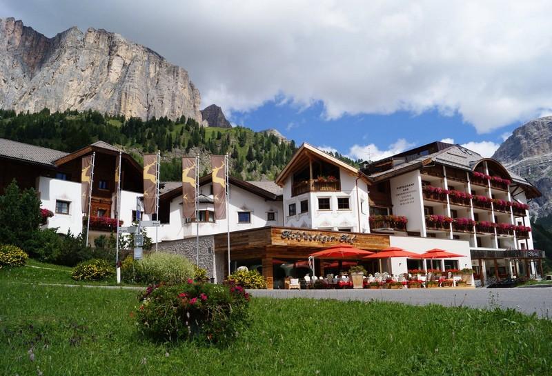 Name:  Sella  Hotel Kolfuschgerhof     10499343_704382849598048_534667051736844303_o.jpg Views: 6060 Size:  155.6 KB