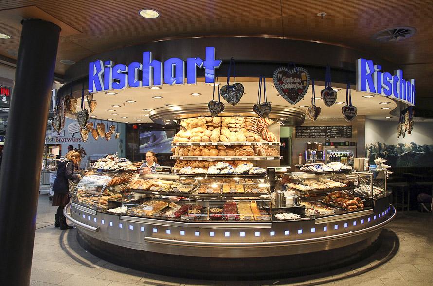 Name:  Cafe Rischart_2011.jpg Views: 2950 Size:  279.8 KB