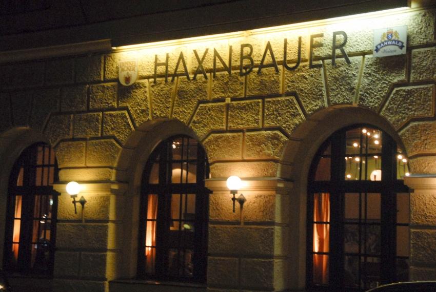 Name:  Haxnbauer im Scholastikahaus .jpg Views: 3368 Size:  412.3 KB