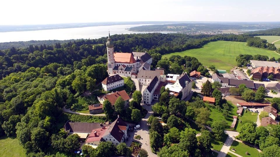 Name:  Kloster Andrechs11406952_10153334956172383_5282984285131791715_n.jpg Views: 3232 Size:  101.7 KB